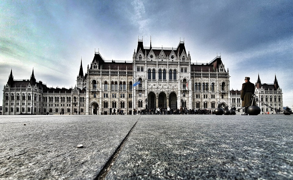 palatul-parlamentului-Budapesta